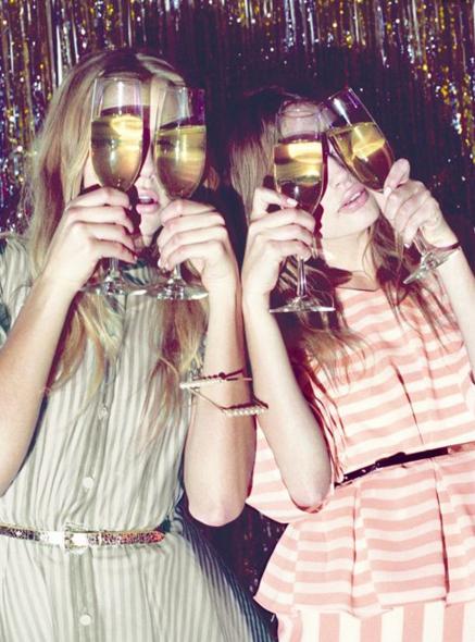 Champagne gals